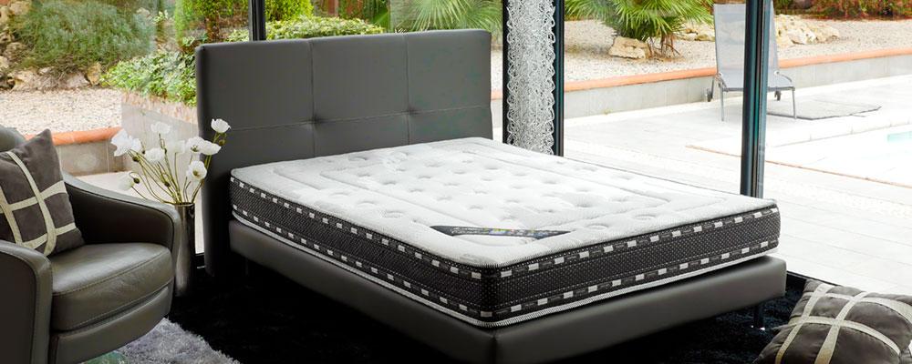 literie haut de gamme confort optimal matelas sommiers. Black Bedroom Furniture Sets. Home Design Ideas